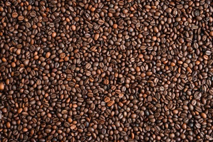 Coffee has anti-inflammatory properties which reduce the puffy eyes