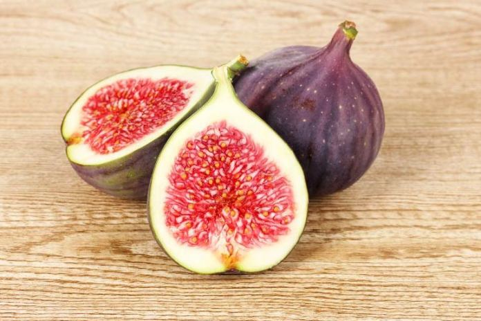 Fruits such as figs are rich in minerals and vitamins