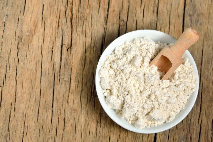 Colloidal oatmeal helps soothe dryness and inflammation.