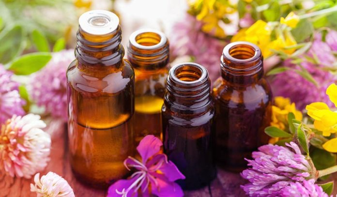 Essential oils contain powerful antibacterial compounds that kill acne-causing bacteria