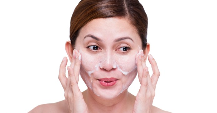 Different types of skin require different types of face wash products