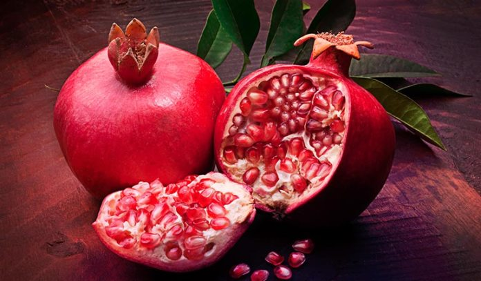 Pomegranate contains more antioxidants than green tea