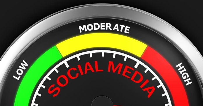 Five Red Flags That Indicate It's Time For A Social Media Cleanse