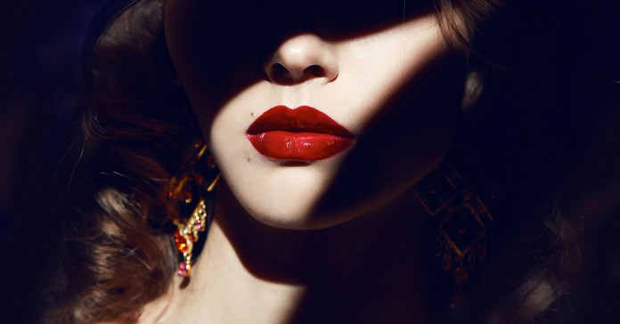 making your own natural lipstick at home
