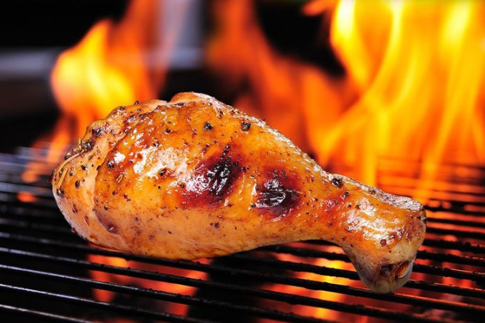 Use oil sparingly to make grilled chicken healthy.