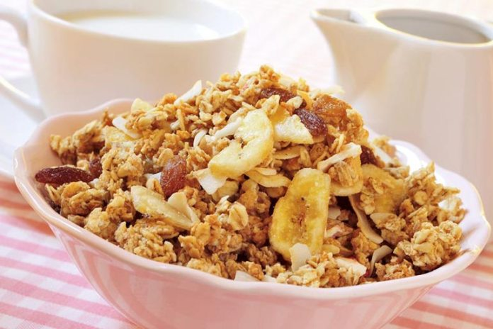 fiber-rich breakfast cereals and nuts