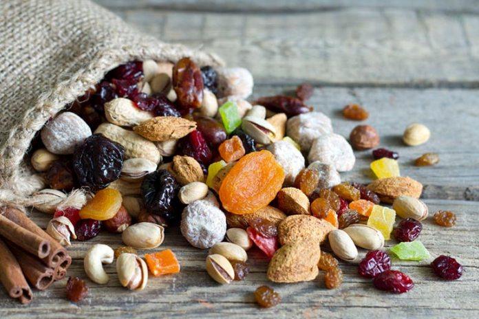 Nuts maintain heart health.