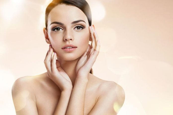 Olive oil reduces UVB damage and treats skin conditions.