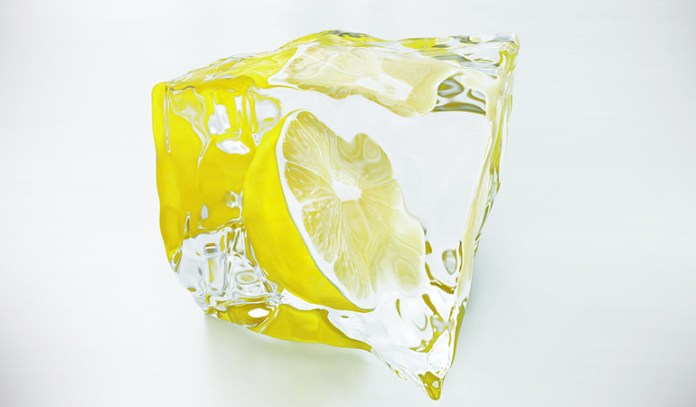 Lemon juice and milk ice cubes help lighten your skin tone while boosting collagen formation.