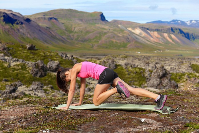 Mountain climbers keep your abdominal muscles engaged and are thus ideal for burning abdominal fat.