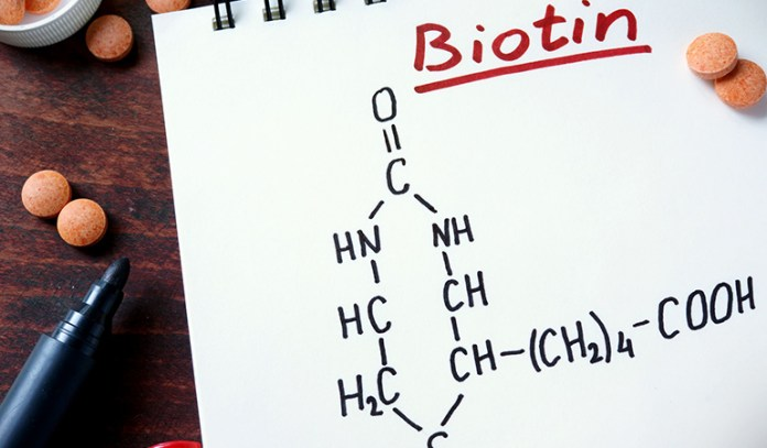 Biotin promotes hair growth and stops thinning
