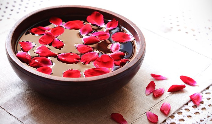 Feng shui uses rose water to brighten, hydrate, and clear the skin