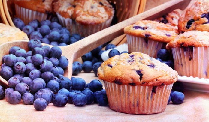 (But if you get your daily dose of blueberries through muffins, you are actually introducing a lot of refined grains, sugar, and butter into your system