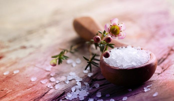 Mix with epsom salt for a relaxing bath salt