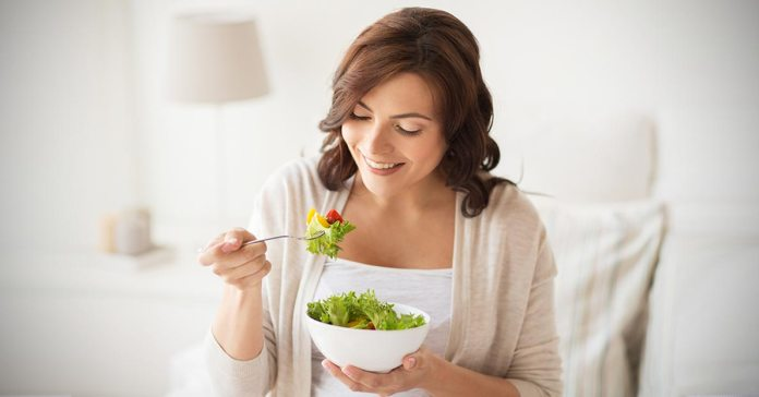 There are many common health issues that you can fix with healthy eating habits.
