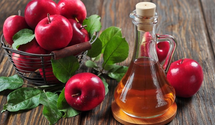 Acidity from the vinegar helps kill bacteria