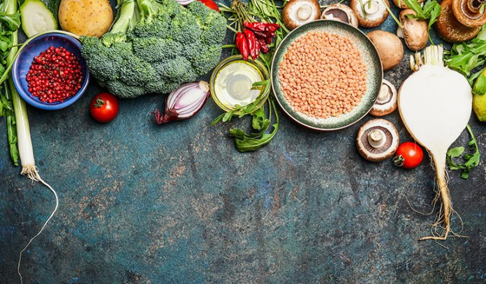 A healthy diet plan helps lose weight sustainably.