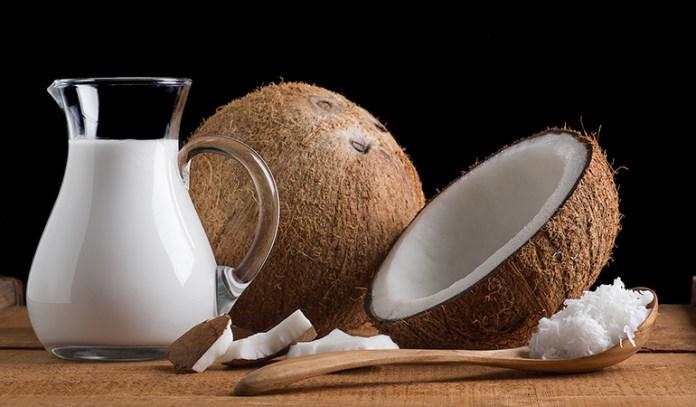 Coconut milk hair mask fights dry scalp