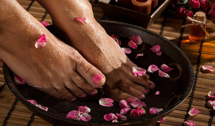 Foot soaks relax the feet to a large extent