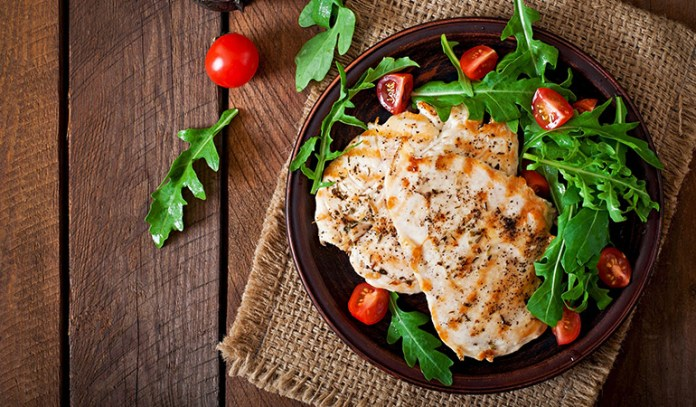 Chicken breast and a mix of greens are a tasty and a healthy lunch option
