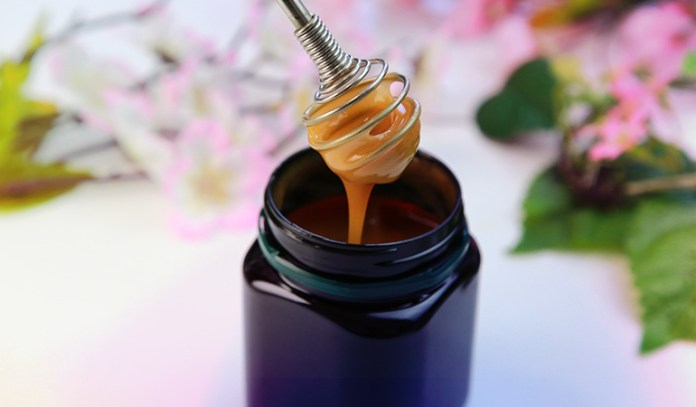 Cooking with honey robs it of many nutrients