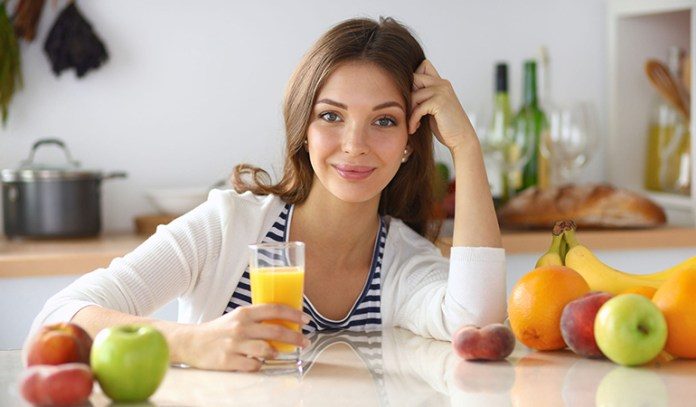 Juice fasting helps cleanse your colon and flushes out the toxins
