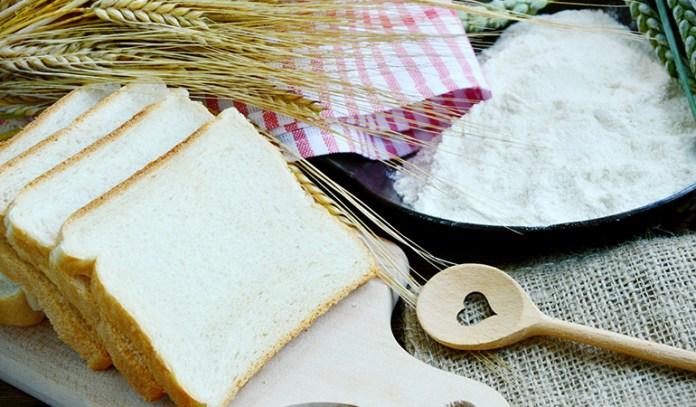 Refined white flour has less fiber