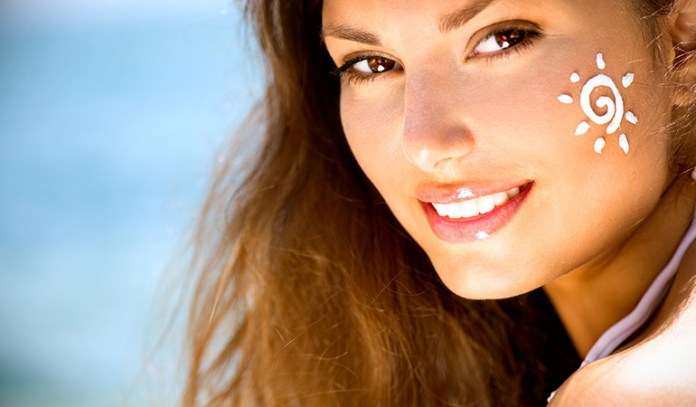 Get rid of the summer tan using gram flour, yogurt, lemon juice, and turmeric
