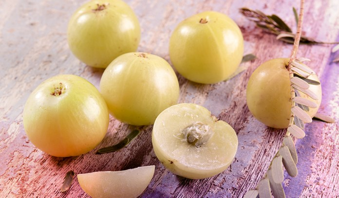 While oils restore vitality in the skin and hair, having tulsi and amla supports immunity.