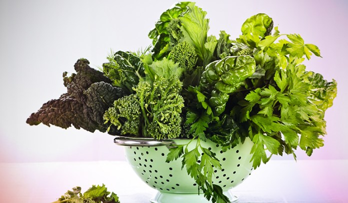 Collards have 386.25 mcg of vitamin K.
