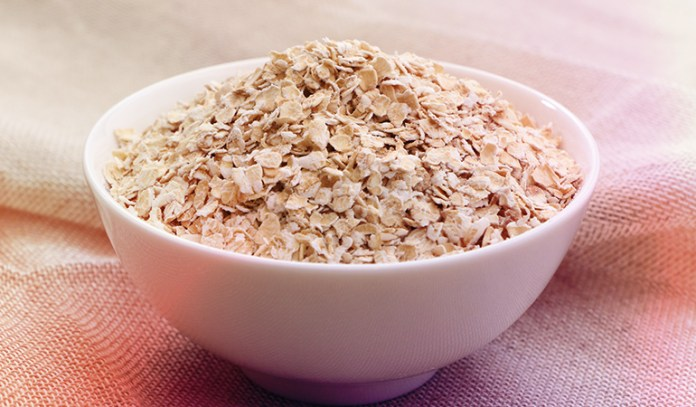 A quarter cup of uncooked oats: 5.38 mcg of chromium, 15.4% of the DV
