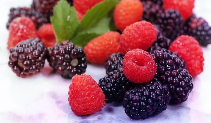 Berries have 0.76 mg of zinc