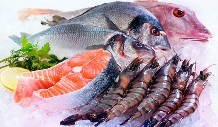 A three-ounce serving of yellowfin tuna has 92 mcg of selenium.