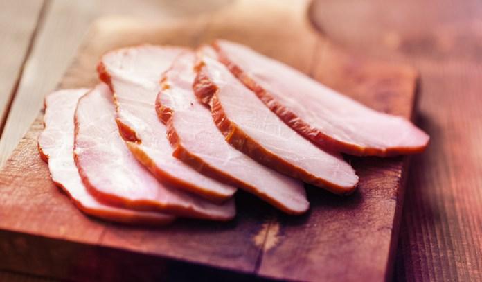 A three-ounce portion of roast ham has 42 mcg of selenium.