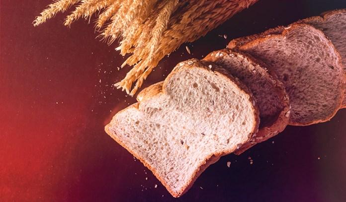 1 single slice of wholewheat bread: 0.1 mg of vitamin B2 (7.7% DV)