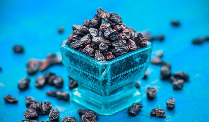 Half a cup of Zante currants: 2.34 mg iron (13% DV)