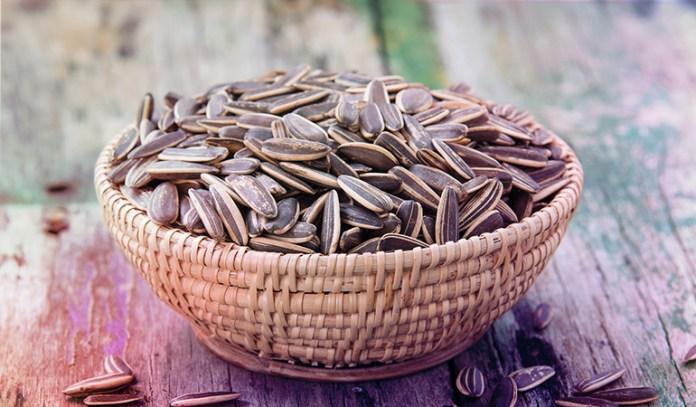 An ounce of sunflower seeds has 2.36 mg vitamin B3 (14.8% DV).