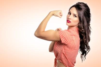 力強い女性画像