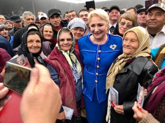 """Dăncilă la Botoșani: """"România nu trebuie să mai fie împărțită, nu trebuie să mai avem ură și dezbinare. Avem nevoie de oameni care iubesc această țară"""" 2"""