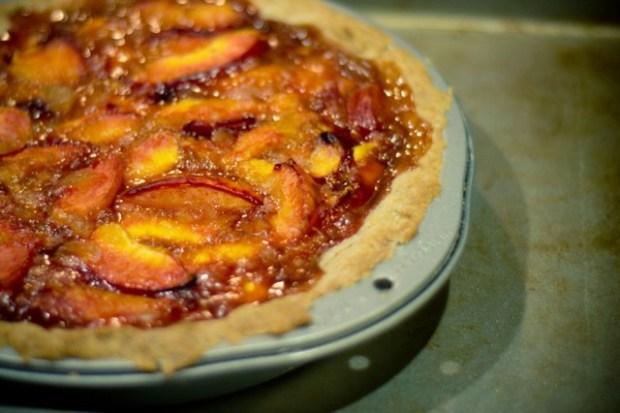 ginger bourbon peach pie