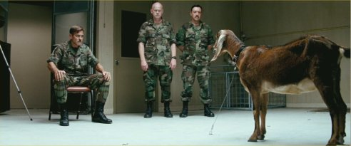 """Heureusement pour les chèvres, les jedis ne sont pas parmi nous... (extrait du film """"The Men Who Stare At Goats"""", dont nous vous reparlerons..."""