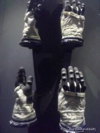 guanti per lo Spazio