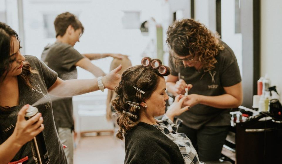 Cortarte el pelo para mantenerlo sano