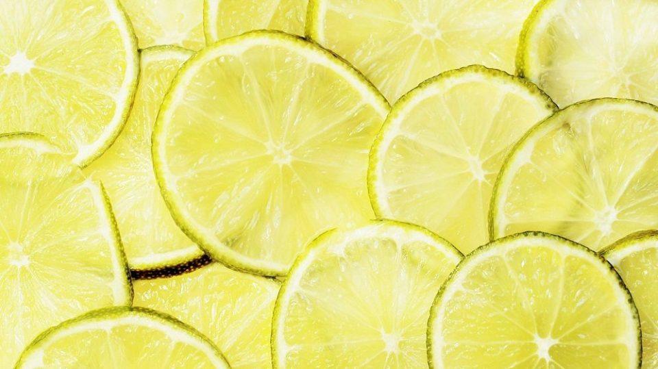 El olor a limón repele los mosquitos