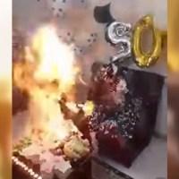 VÍDEO: Iba a soplar las velas pero terminó envuelta en llamas
