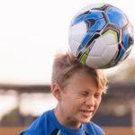 Los niños de Inglaterra, Escocia e Irlanda no podrán rematar de cabeza en los entrenamientos de fútbol