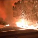 Conduciendo entre el fuego en California.