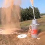 Youtuber desata una reacción química volcánica con 10 000 litros de CocaCola y bicarbonato de sodio