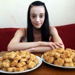Por raro trastorno, mujer solo se alimenta de nuggets y se arriesga a quedar ciega