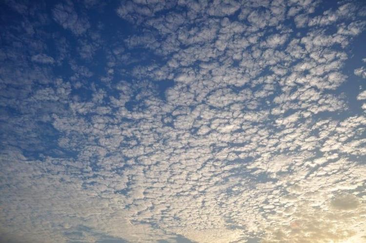 High-level clouds, Cirrocumulus with blue sky in the background
